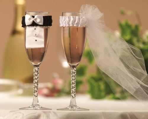 Sapphire - powder blue wedding - úžasný nápad :D ani to není moc složité na ušití :)