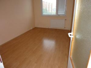 najmenšia izba 2,85 x 4,5 m budúca spáľňa