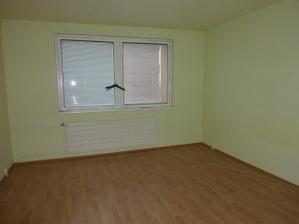 stredná izba 4,05 x 4,5 m  detská izba
