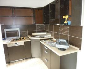 montovanie kuchynskej linky