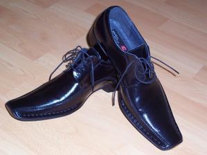 Drahého topánočky,v skutočnosti veľmi krásnučké!