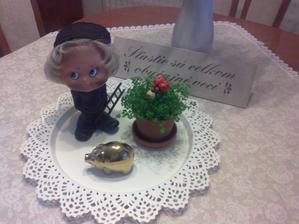 Veseleho Silvestra a vela zdravia, stastia a lasky v novom roku Vam zelam:-)