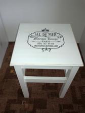 stolcek z Ikey prerobeny