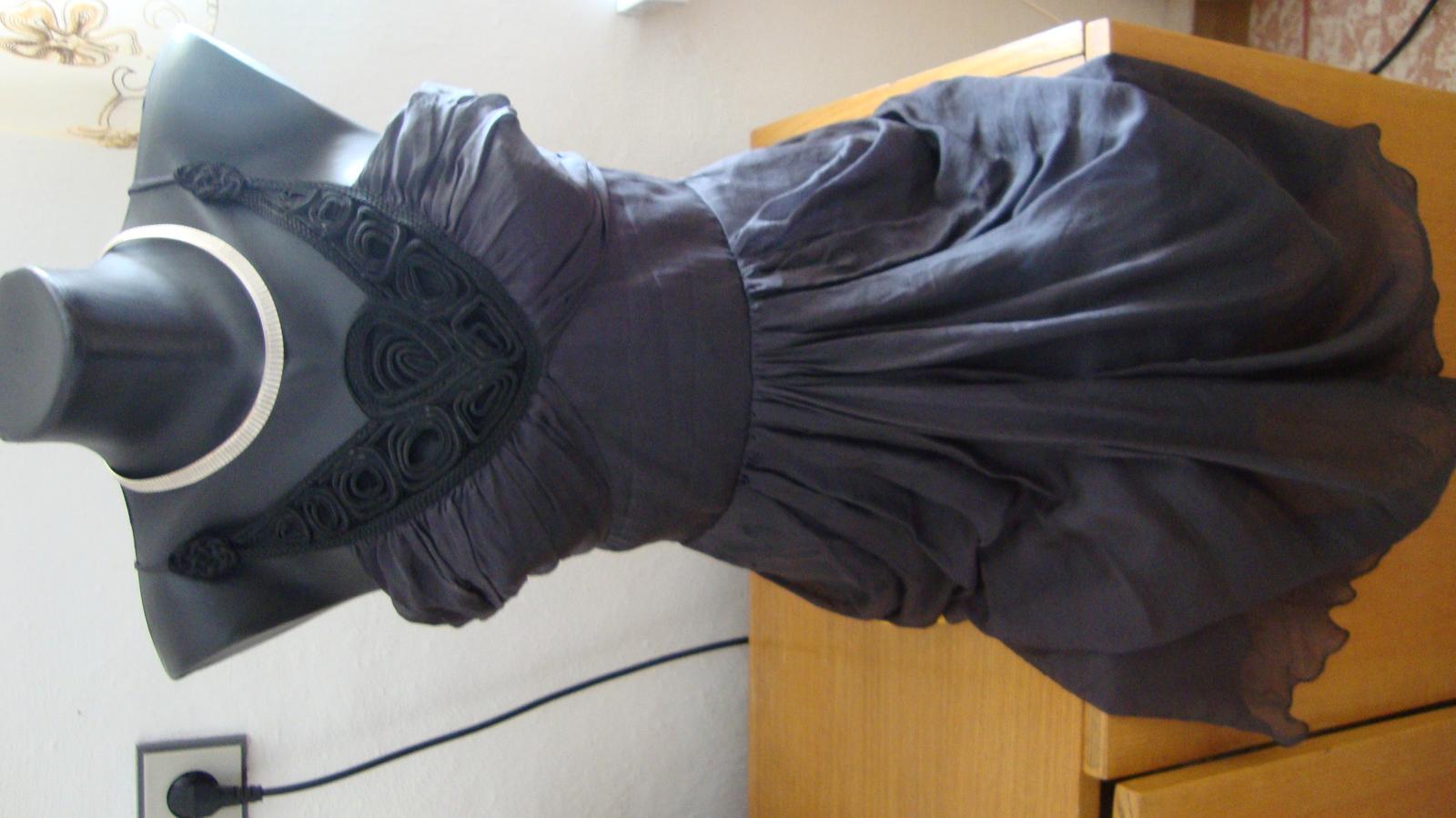Hodvábne šaty Lipsy London - cena s pošotu - Obrázok č. 1
