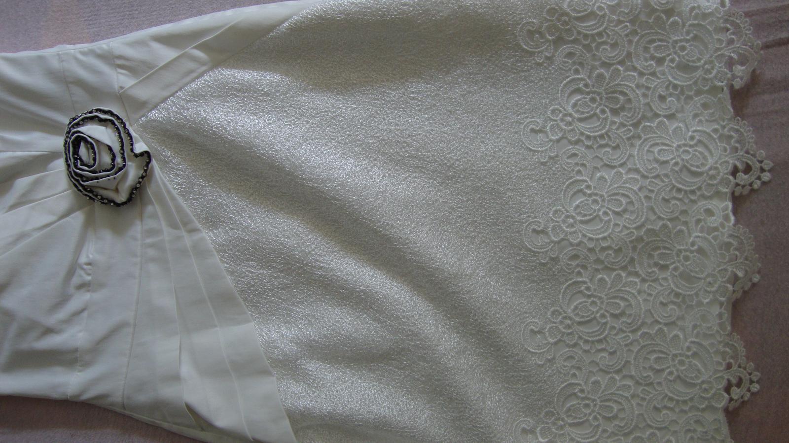 Pekné šaty - Obrázok č. 3