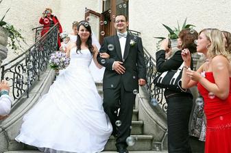 Kamarádka Zuzka připravila jako překvapení vytoužené svatební bublifuky s holubičkami.