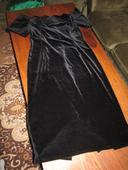 Nepoužité čierne šaty, 38