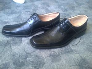 tak to je bez komentáře :-) boty vel. 50 :-D