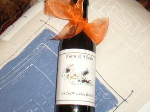 takhle vypadá naše svatební víno :-)