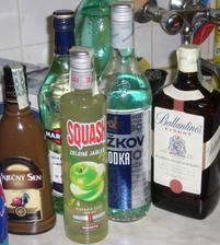 dnešní nákup v Makru, alkohol na dobu před obřadem :-)
