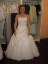 Vybírání šatů byla ale velká práce:-)