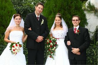 moje spolužačka a zároveň Peťova sousedka se vdávala o 3 hodiny později
