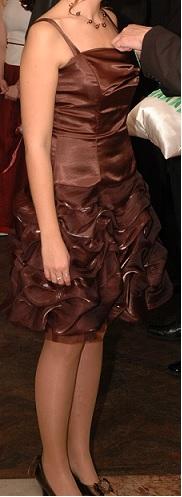 Spoločenské šaty čokoládovej farby, veľ. 38/40,M/L - Obrázok č. 1