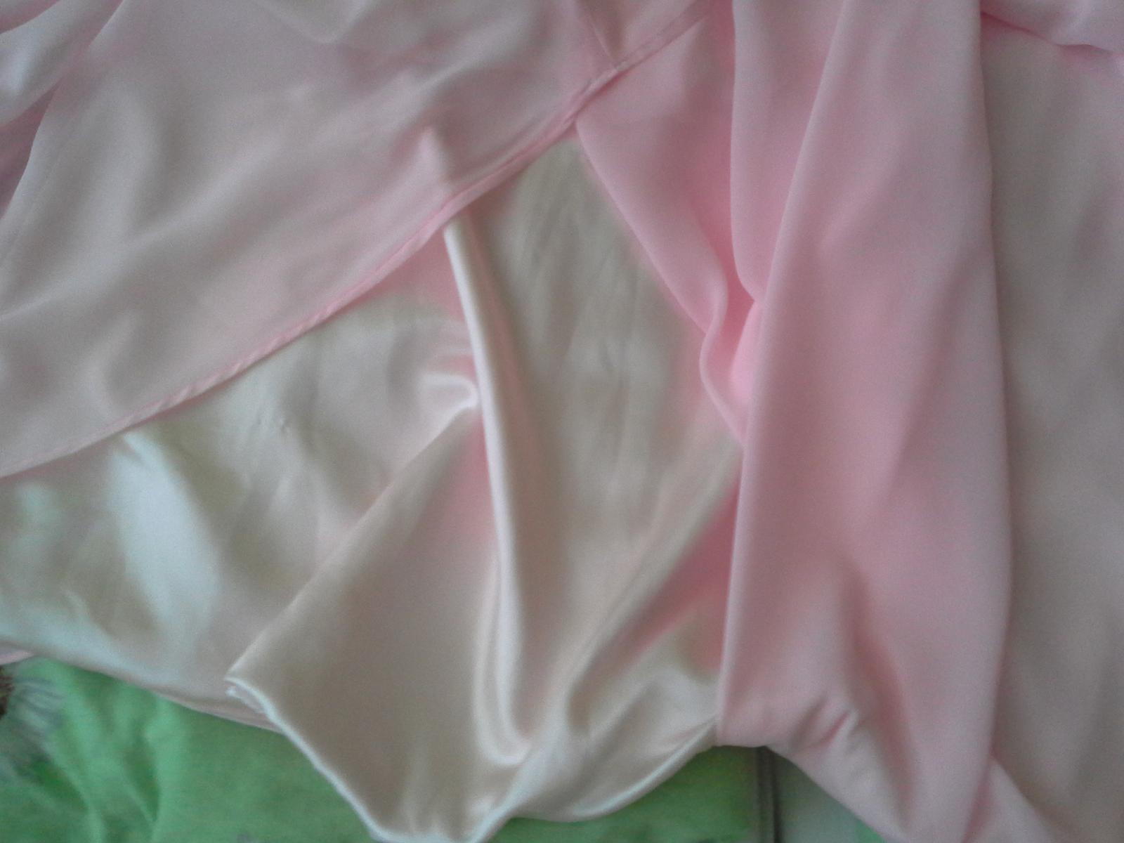 Spoločenské šaty s vlečkou, na šnurovačku  - Obrázok č. 3