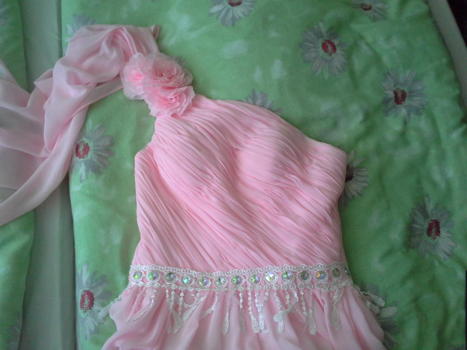 Spoločenské šaty s vlečkou, na šnurovačku  - Obrázok č. 4