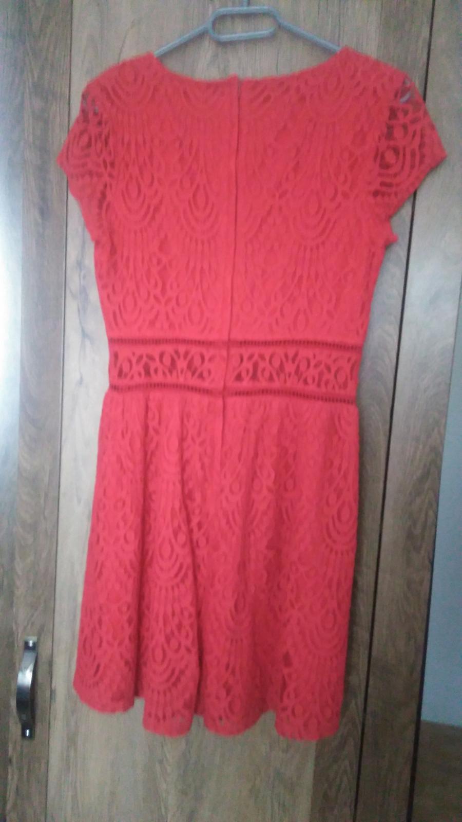 Červené čipkované šaty H&M č.40 - Obrázok č. 3