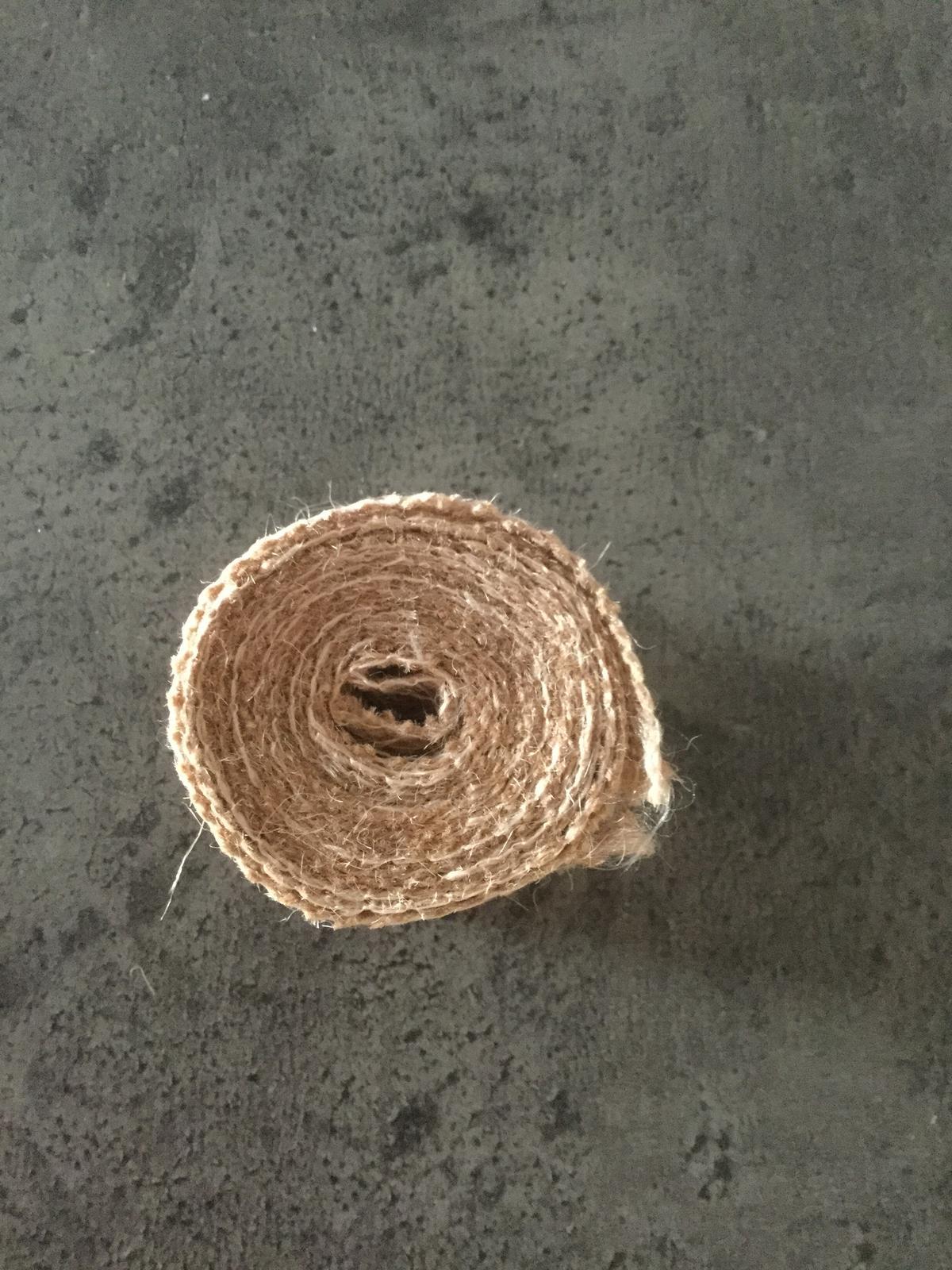 Jutová stuha s krajkou nepoužitá - Obrázek č. 3