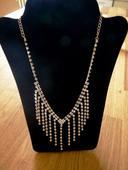 štrasový náhrdelník, nepoužitý,