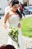 svatební krajkové šaty,korzet,vlečka,ruční práce, 38