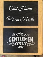 Dalsi cedule Gentlemen