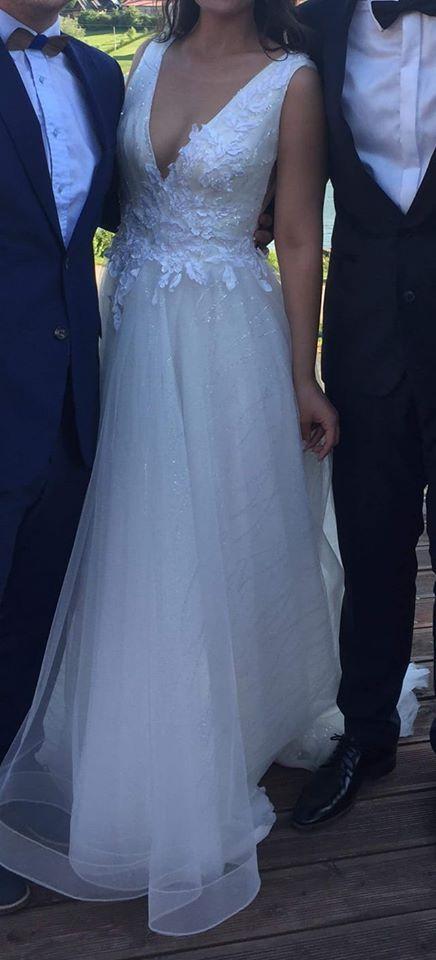 Svadobné šaty - výstrih do V - Obrázok č. 2