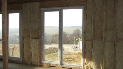 dvere z terasy a z kuchyne