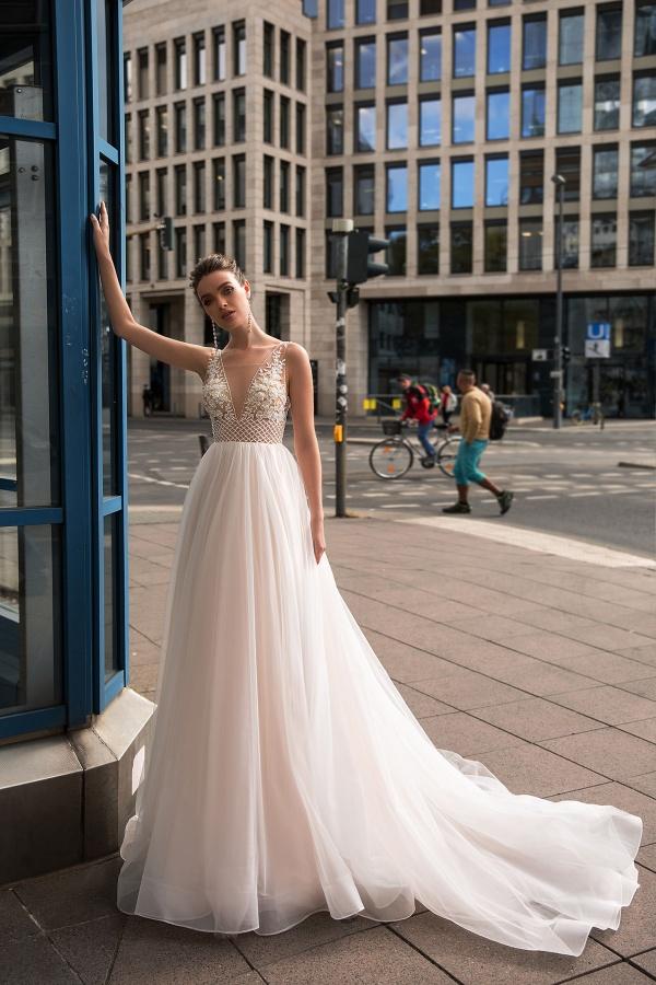 Vrabcovi 10.9.2022 -  Přišla jsem, řekla jsem model a odešla jsem se zadanými šaty do šití, od té doby se mi zda jen o nich 😍