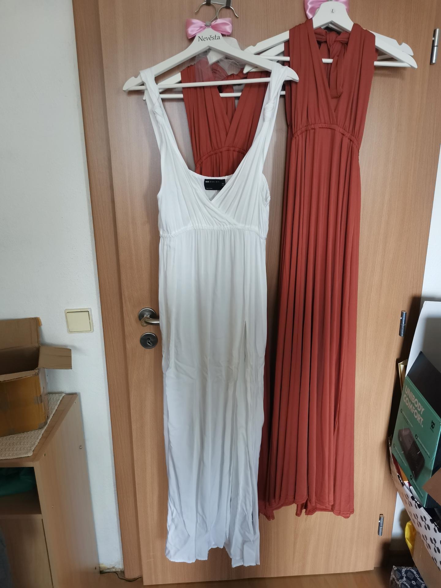 Vrabcovi 10.9.2022 - popůonoční šaty - asos