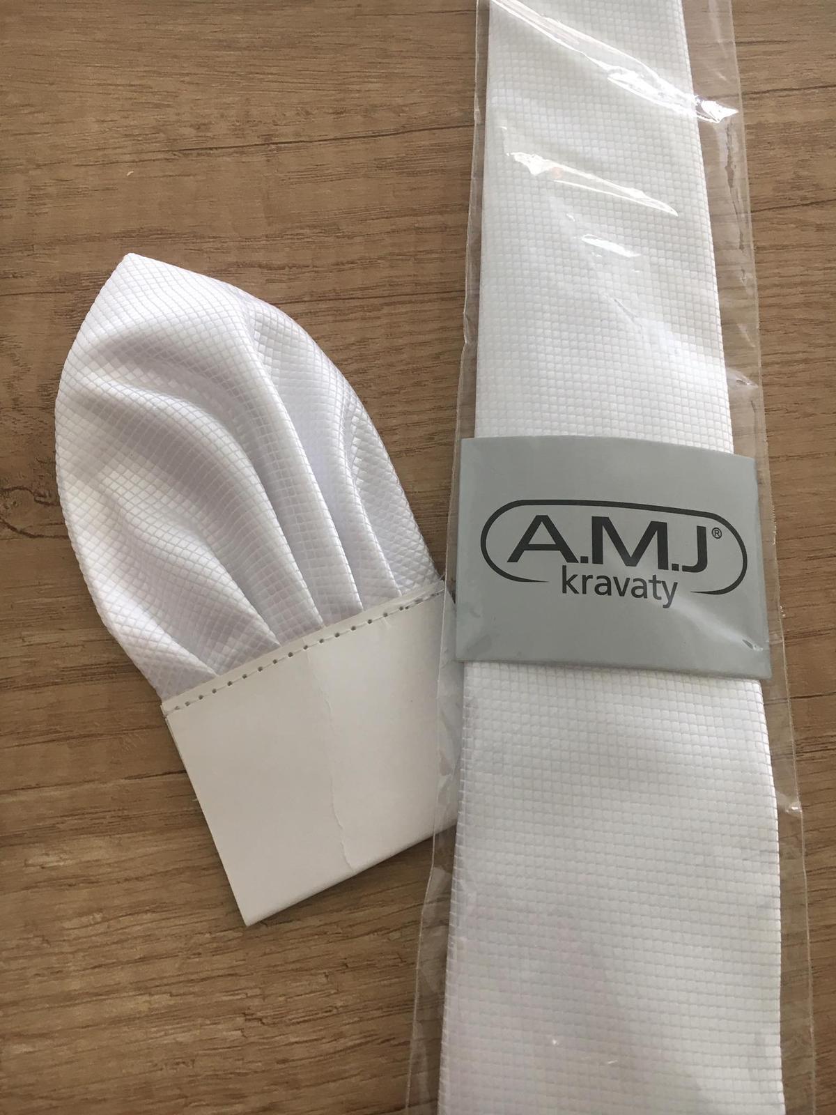 Biela svadobná kravata s kapesníčkom - Obrázok č. 1
