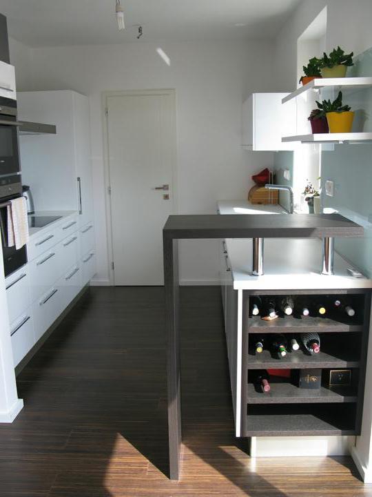Nas dom - Hotova kuchyna so sklenenou zastenou 2009