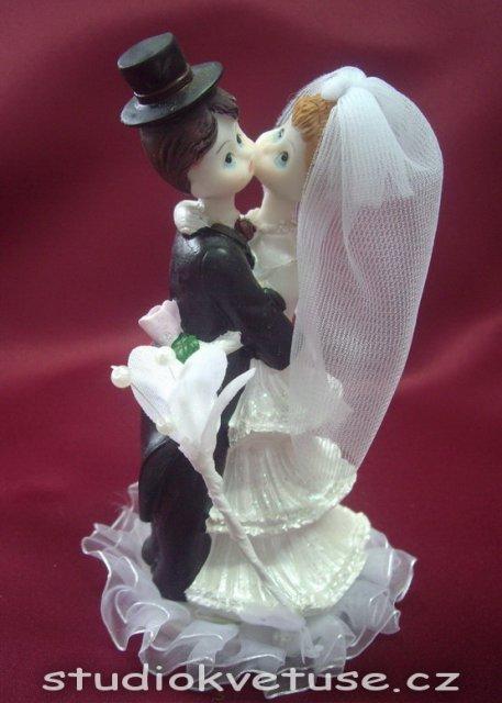 Bára a Jirka - příprava svatby 9.9.2009 v Chodově u KV - Naše figurka na dort