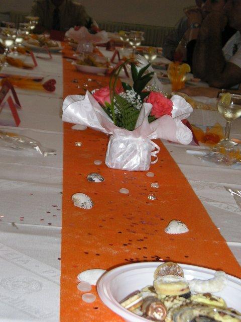 Bára a Jirka - příprava svatby 9.9.2009 v Chodově u KV - A takhle vypadala