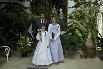 ženich se svými dcerami