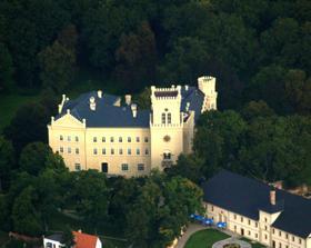 Velká otázka - KDE? Já bych ráda na zámku Chyše...