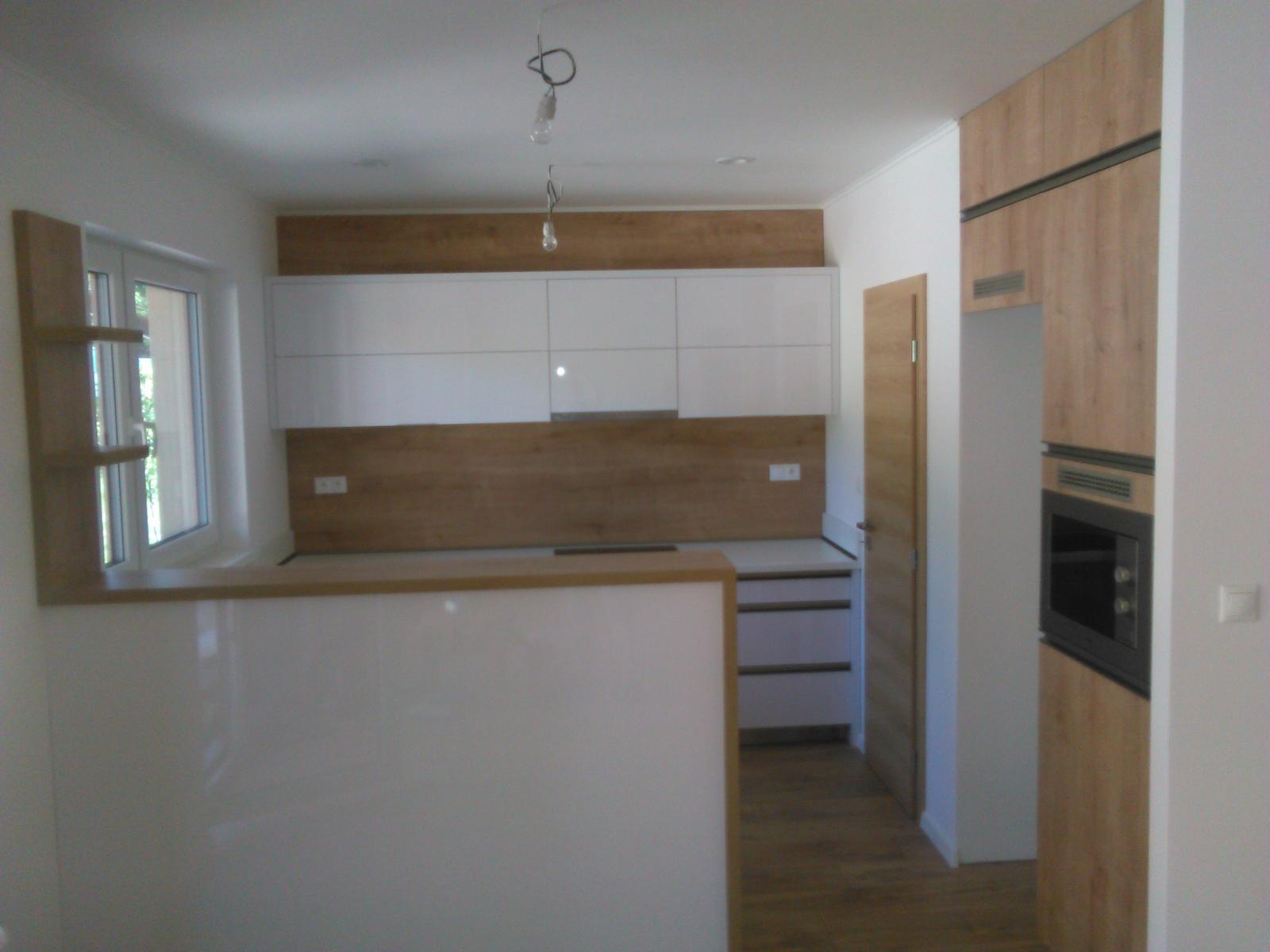 Laguna 23 - a uz mame aj kuchynu