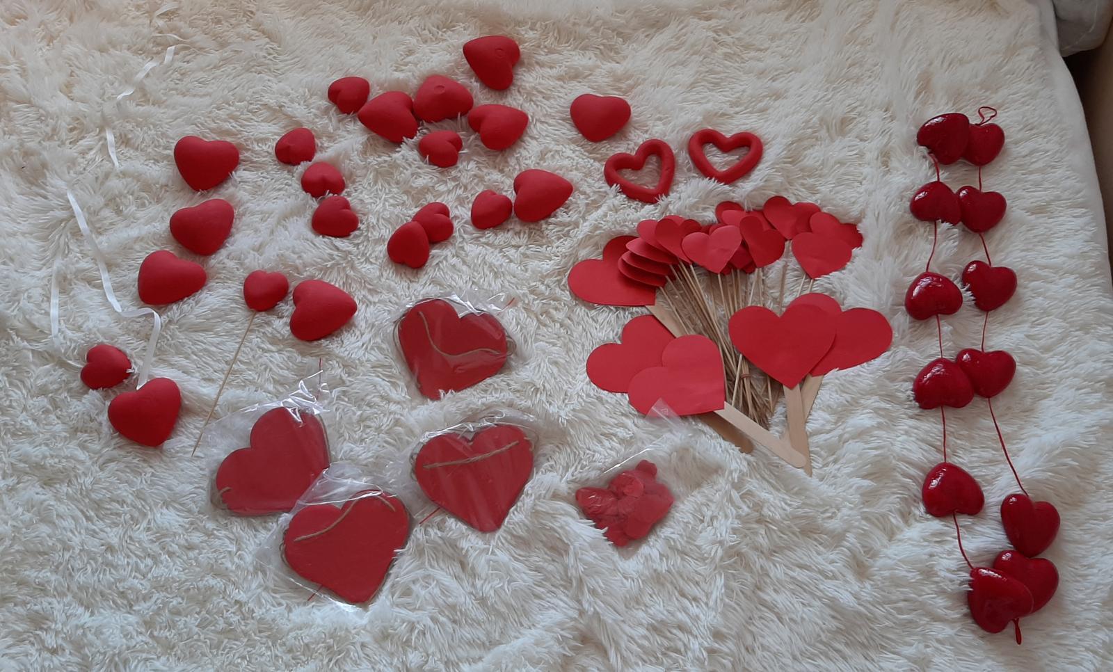 Srdiečkové dekorácie - Obrázok č. 1