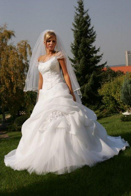 BEAUTIFUL WEDDING - Celkom pekné