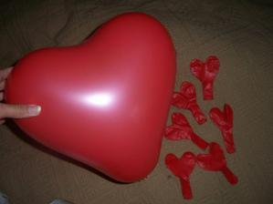balónky ve tvaru srdíčka
