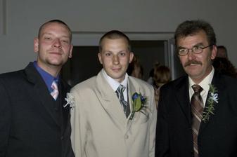 svědek ženicha, ženich a táta nevěsty
