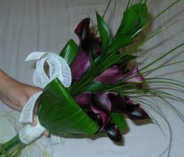 Dostala jsem kytičku - mé vysněné fialové kaly.