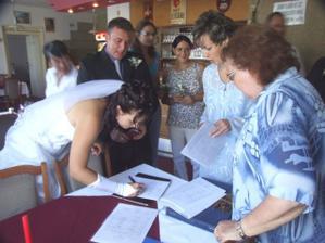 Podpis ještě před svatbou. Už nesmím říci NE :-(