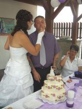 Chutnání dortu.