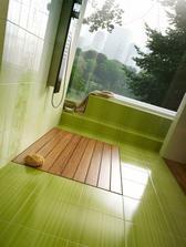 zelená a dřevo - dokonalá kombinace