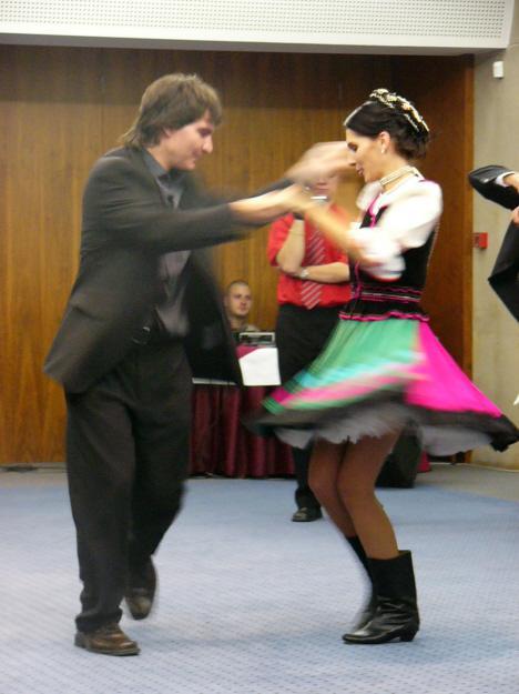 lucia kabatova brunariova{{_AND_}}martin kabat - redovy tanec