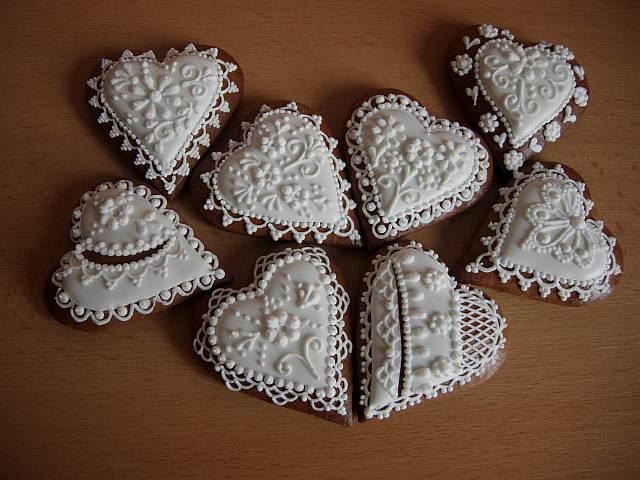 <3 srdcovky - drobnosti pre hosti... - A nase sladucke slovenske medovnicky ( ako vysluzka)