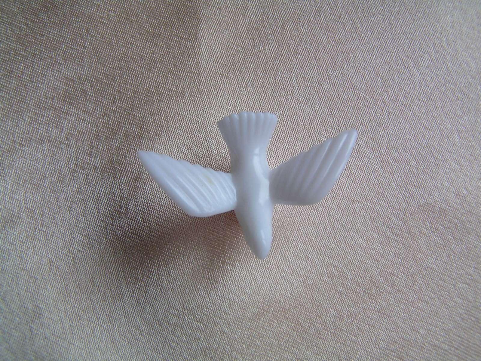 Malé bílé holubičky - Obrázek č. 2