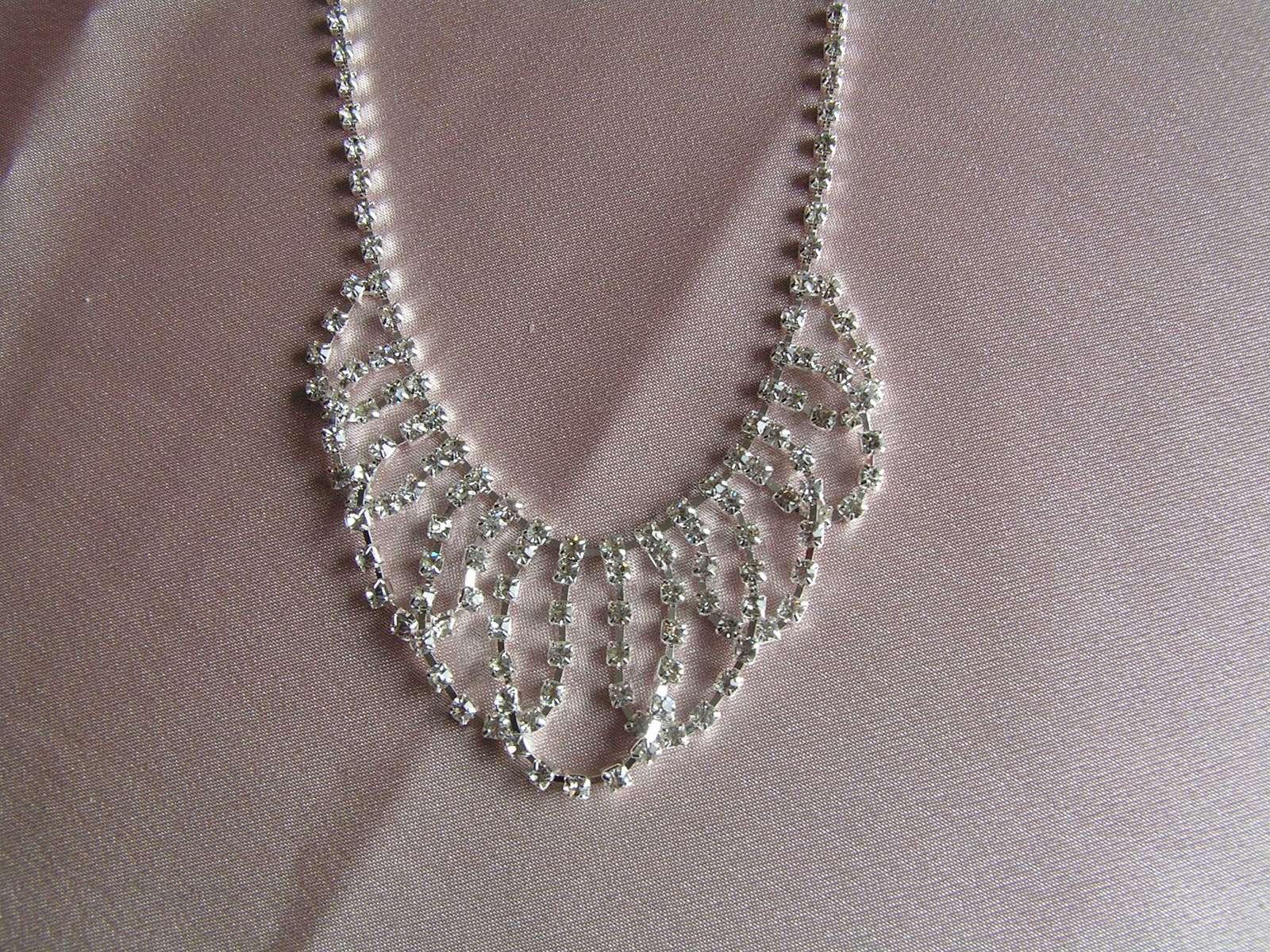 Štrasový náhrdelník - Obrázek č. 2