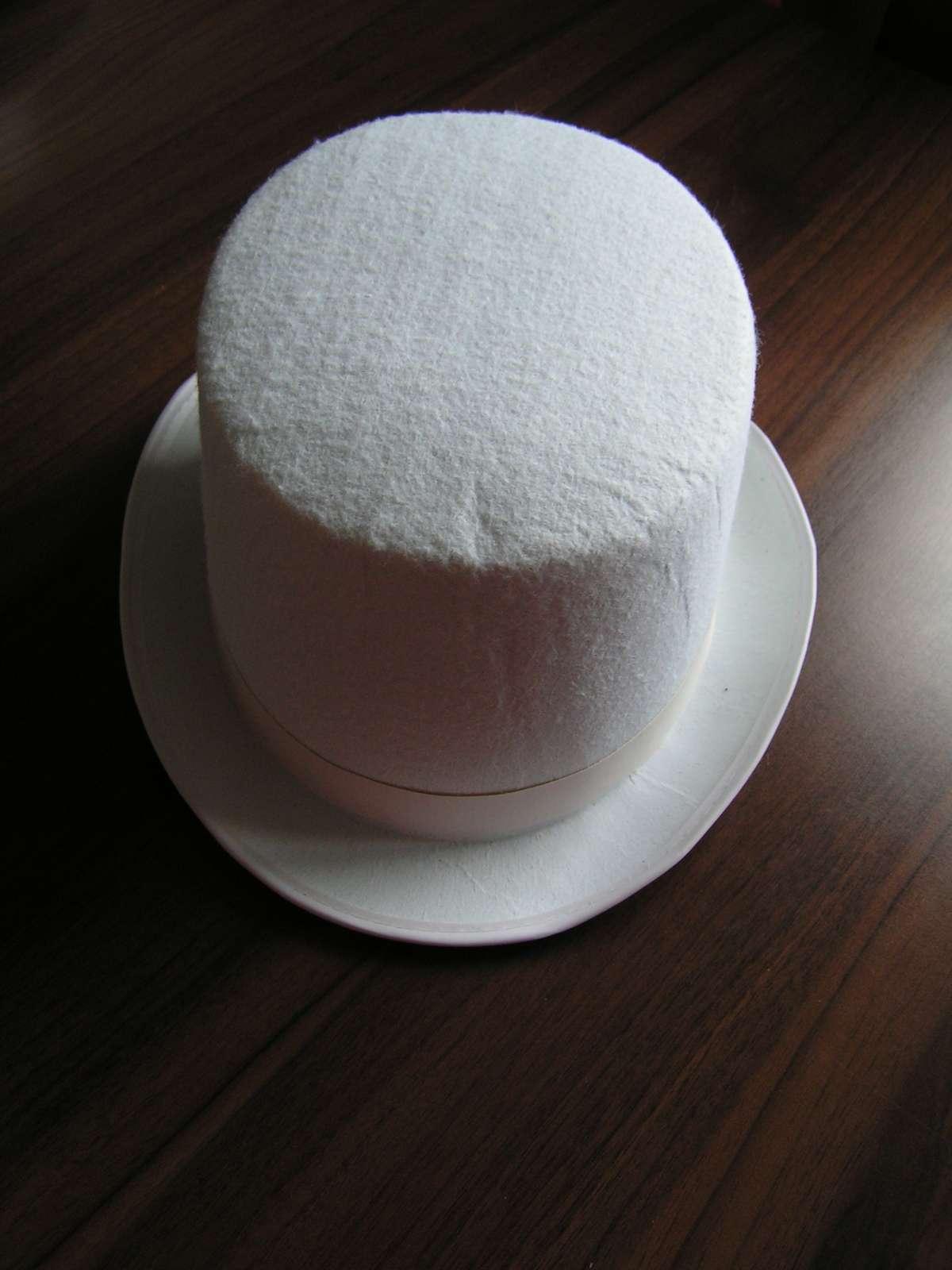 Pevný plstěný cylindr - Obrázek č. 1