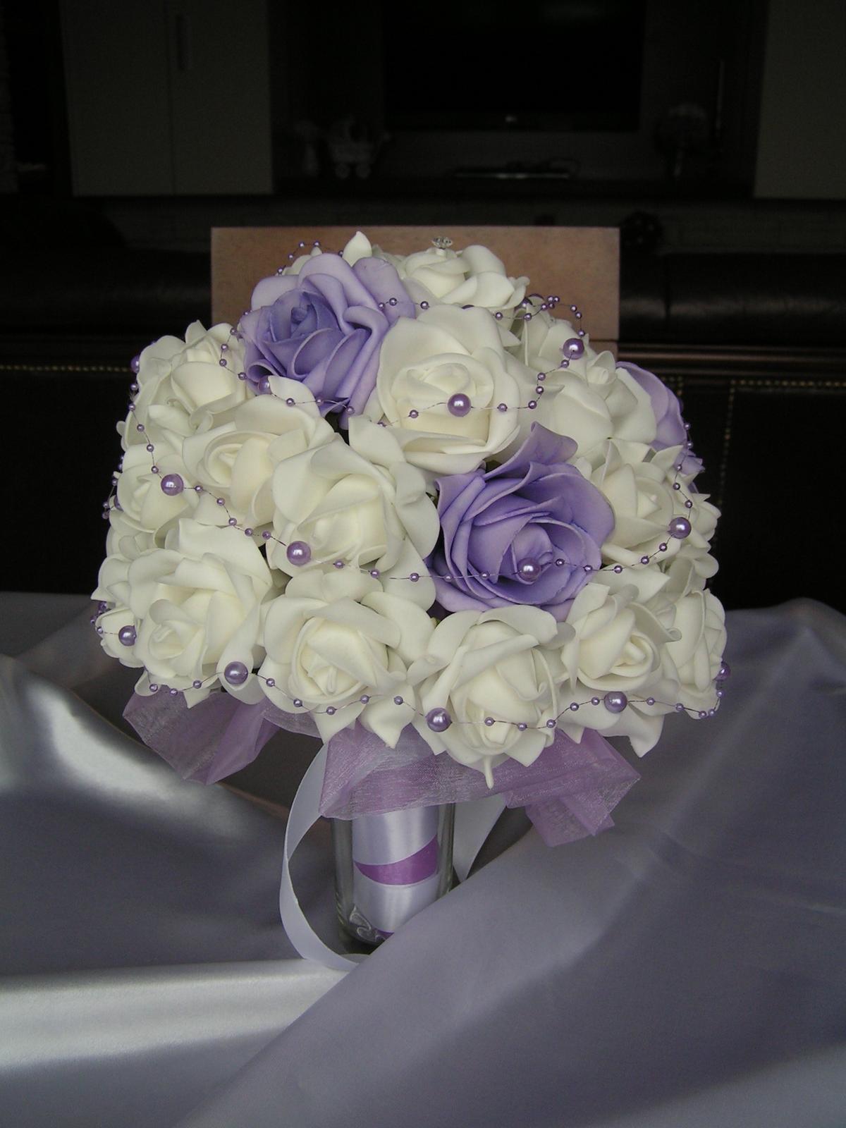 Velká kytice z pěnových růží - Obrázek č. 1