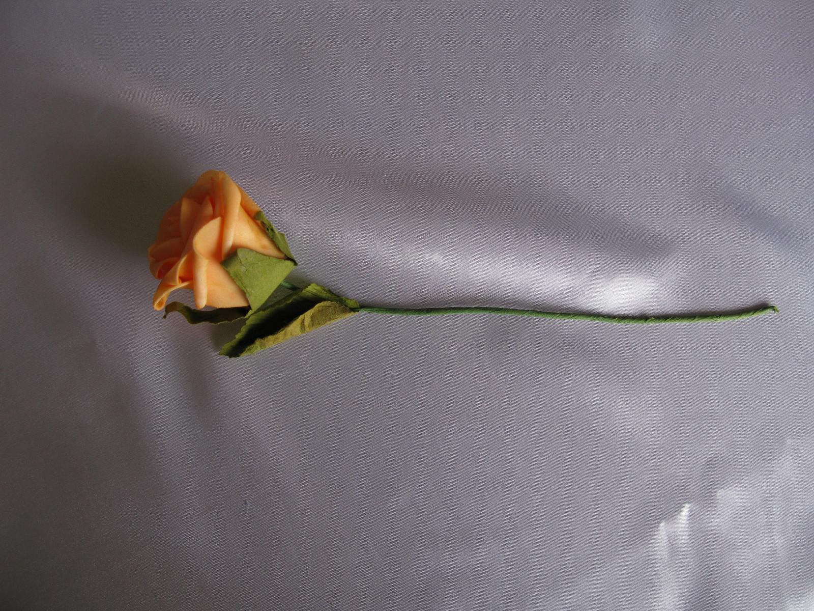 Pěnové růže 5 cm - Obrázek č. 1